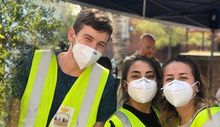 volunteers-BG